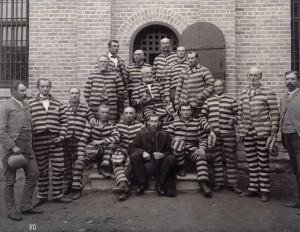 Líderes mormones encarcelados por rehusarse a practicar la poligamia
